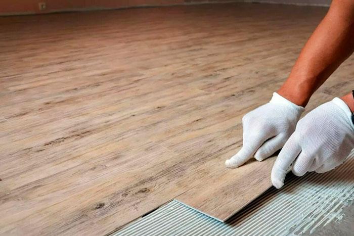 Гибкий виниловый ламинат в деревянном стиле