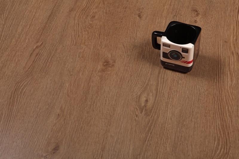Дизайн плитка ПВХ Forbo - Home Expert Дуб горный (2029)