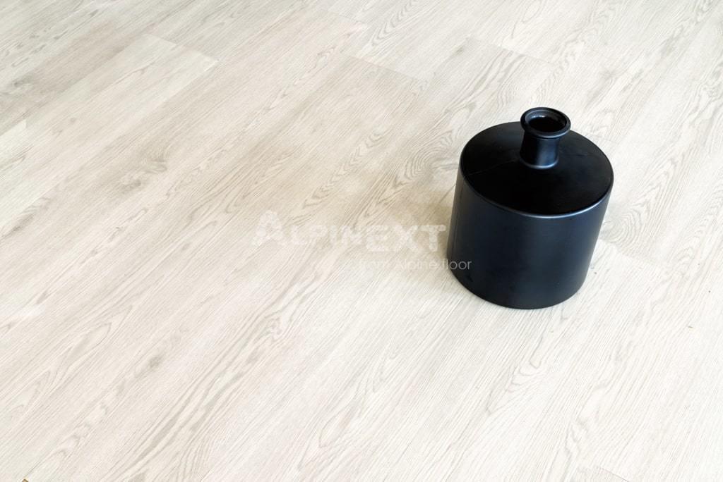 Виниловый ламинат Alpine Floor - Ultra Дуб Светлый
