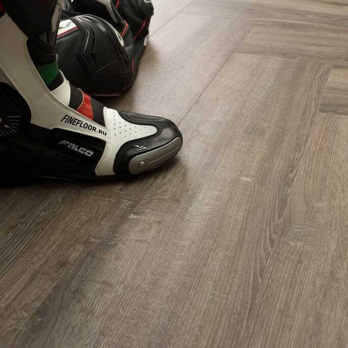 Виниловый ламинат Fine Floor - Gear Дуб Сарта (FF-1813)