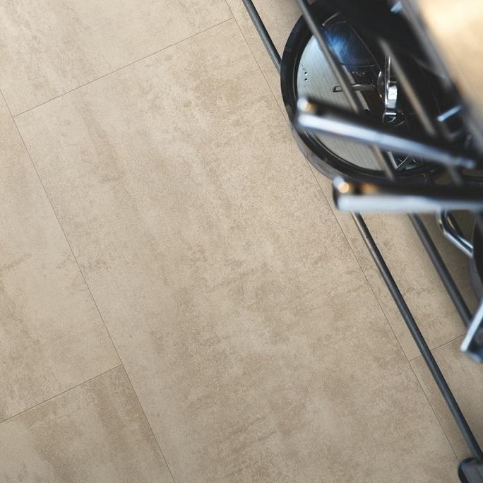 Виниловый пол Pergo - Optimum Click Tile Травертин кремовый (V3120-40046)